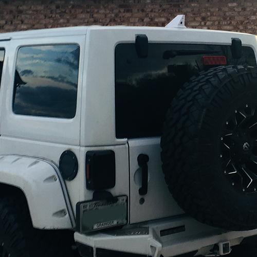 Jeep with Blackbird ICU Car Cam System installed