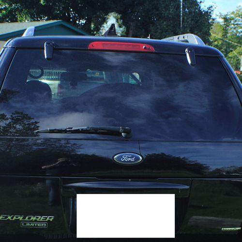 2004 Ford Explorer with Blackbird ICU Car Camera